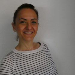 Marina Carbone<br>Insegnante